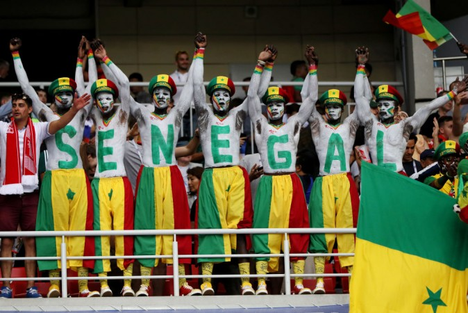 japan and senegal football fans